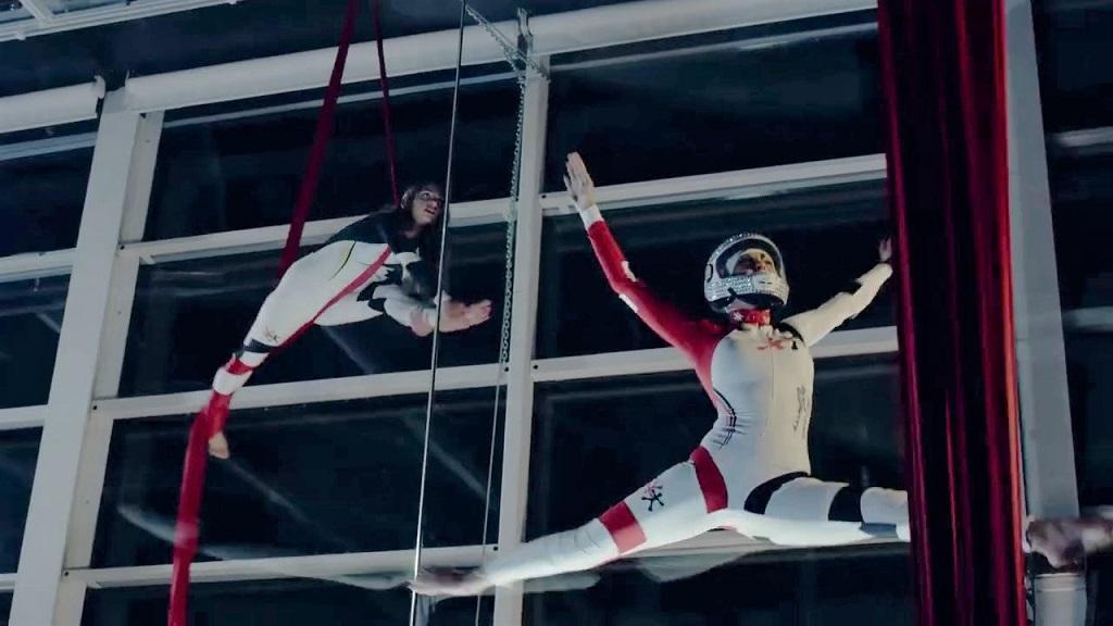 Flying Dancers by Night - Aero Gravity Milano