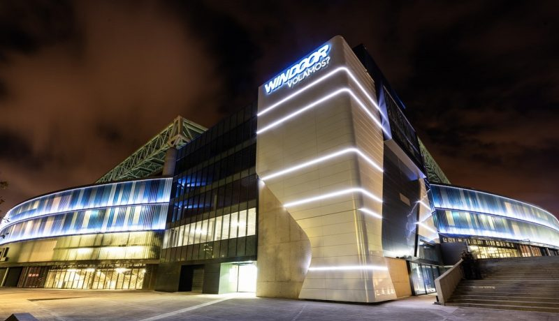 Windoor Barcelona – At Night