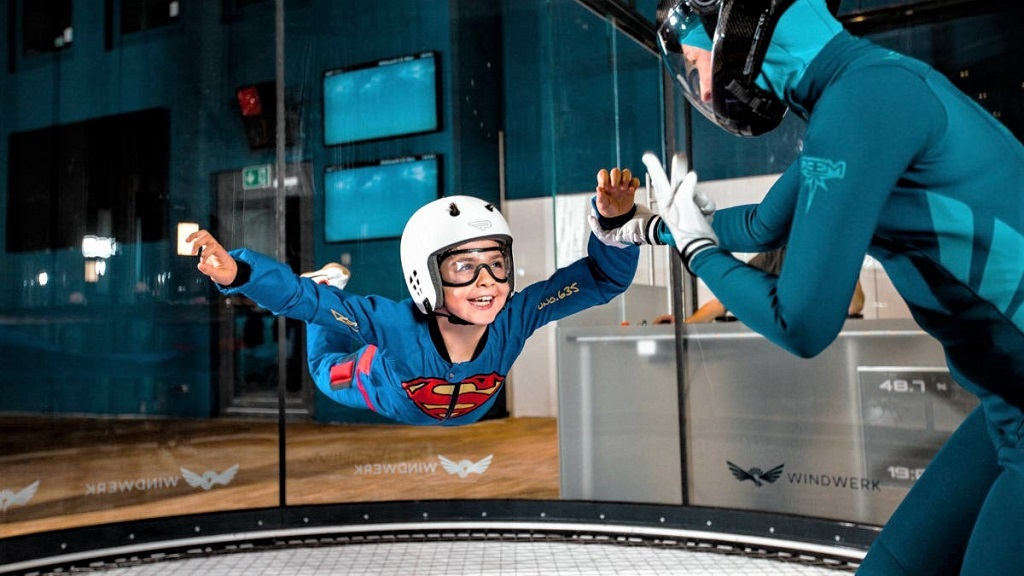Windwerk Indoor Skydiving - Flying Kid